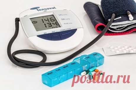 Замена таблеток: рецепт напитка, который снижает давление и нормализует уровень холестерина и сахара в крови Напиток легко приготовить в домашних условиях; полезная альтернатива таблеткам.