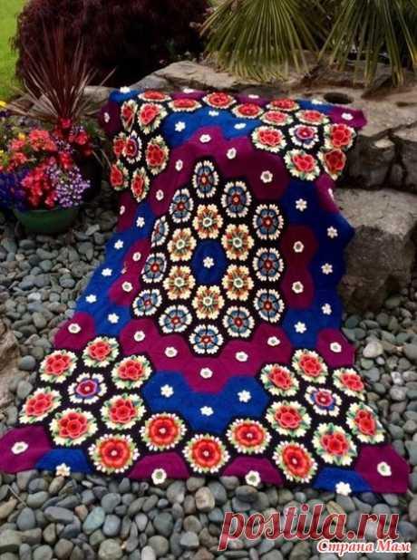 """La manta \""""las Flores fridy\"""" - el 23 de Junio 2017 - la Costura por las manos - \""""la Magia de la Obra\"""" - el portal informativo."""