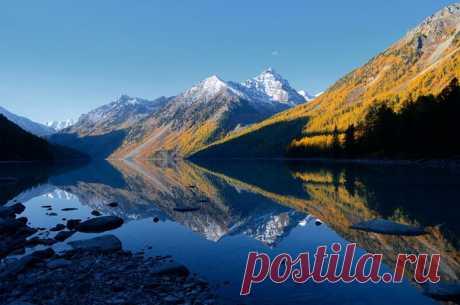 Стрелы Кучерлинского озера в Республике Алтай.