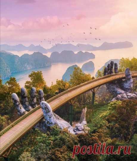 The Golden Bridge (Cau Vang) / Vietnam (by Robert... - It's a beautiful world