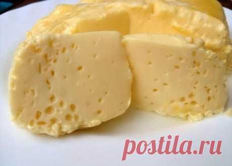 Превосходный рецепт для завтрака: нежный омлет  Крайне вкусный и максимально полезный вариант блюда, который идеально подойдет для детского и взрослого завтрака. Мягкий и сочный, без капли жира и масла!  Ингредиенты:  Яйцо куриное — 3 шт Молоко — 2/3 стак. Соль (по вкусу)  Приготовление:  Взбиваем миксером яйца с солью до пены, добавляем молоко и взбиваем опять. Масса жидкая, но пышненькая получается. Берем два целлофановых пакета, складываем один в один и выливаем массу. ...
