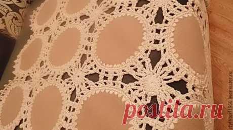 Создаем ажурное покрывало из фрагментов драпа, обвязанного крючком