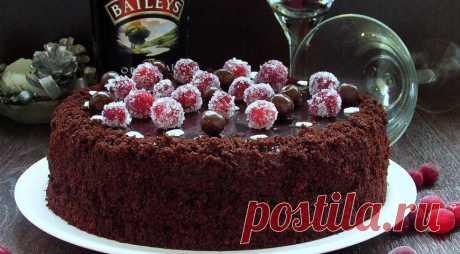 Шоколадно-клюквенный торт - ПУТЕШЕСТВУЙ ПО САЙТУ. Этот торт настоящий рай для шокоголиков… Шоколадные коржи, шоколадный ганаш и внутри и сверху и все это, шокодадное безумие разбавляет клюквенная кислинка. ИНГРЕДИЕНТЫ Для коржей мука 250 г сахар 300 г яйца 2 шт. сливочное масло 60 г оливковое масло 60 г какао порошок 55 г молоко 280 мл ванильный …