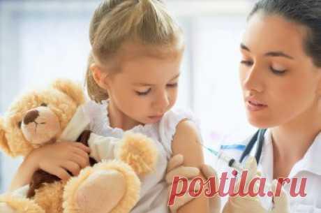 Топ-13 причин, по которым якобы «не надо» прививать ребенка