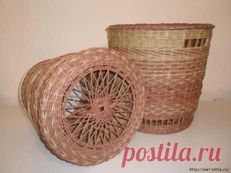 Плетение из газет. Интересный вариант плетения для панно или крышки корзинки.
