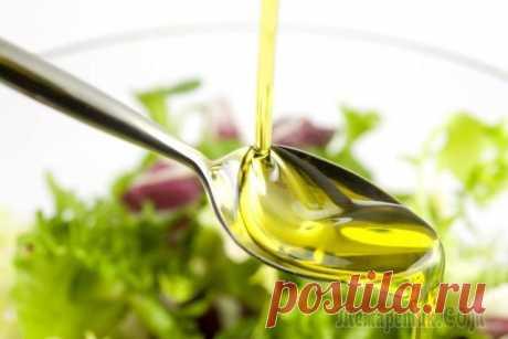 Льняное масло: полезные свойства и применение Льняное масло считается весьма полезным продуктом питания. Людям оно известно с давних пор, когда его использовали для лечения разных недугов. Также продукт давно применяется в кулинарии, в частности,...