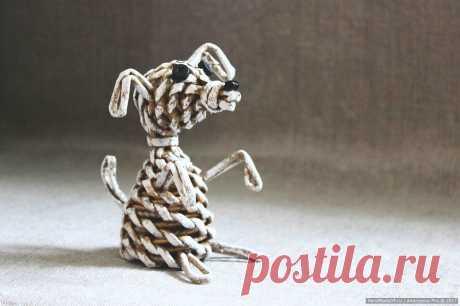 Мастер-класс «Плетёная собачка – символ 2018 года» – HandMade39.ru Собачка, плетённая из бумажных трубочек – пошаговый мастер-класс с фото. Символ 2018 года по восточному календарю – собака – своими руками. Плетёные вещи авторской работа заказать, купить в Калининграде.