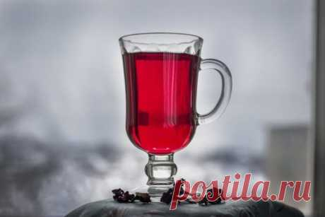 Освежающий чай каркаде с шиповником