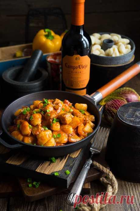 Паприкаш с мясом и ньокками — немного Австро-венгрии   Andy Chef (Энди Шеф) — блог о еде и путешествиях, пошаговые рецепты, интернет-магазин для кондитеров  