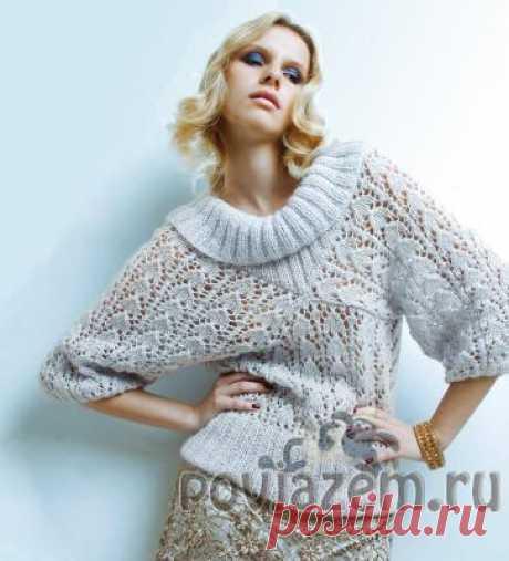 Ажурный свитер необычного покроя.