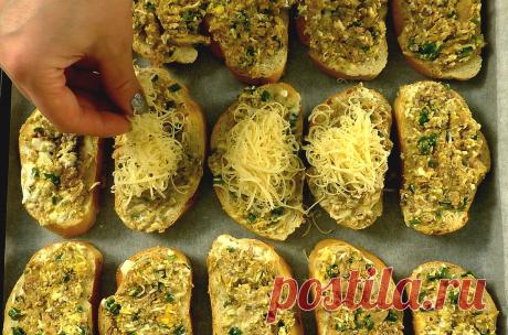 Беру консервы, 2 яйца, хлеб и немного сыра: получается 15 горячих бутербродов (даже остыть не успеют) | Рукоделочка | Яндекс Дзен