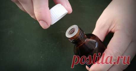 Как в стеклянной бутылочке легко открыть плотную пластмассовую крышечку