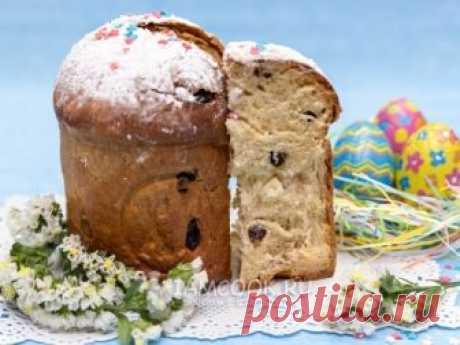 La receta comprobada de la preparación de la rosca de Pascua de Pascua con las pasas y las nueces, paso a paso con las fotografías.