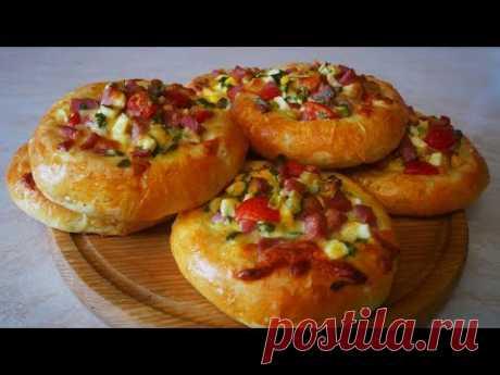 Ммм .... как же вкусненько !!! Пышные остренькие ватрушки или мини пиццы на завтрак перерыв