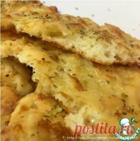 Сырные лепешки за 10 минут - очень вкусные в горячем виде...какими они будут холодными, мы так и не узнали