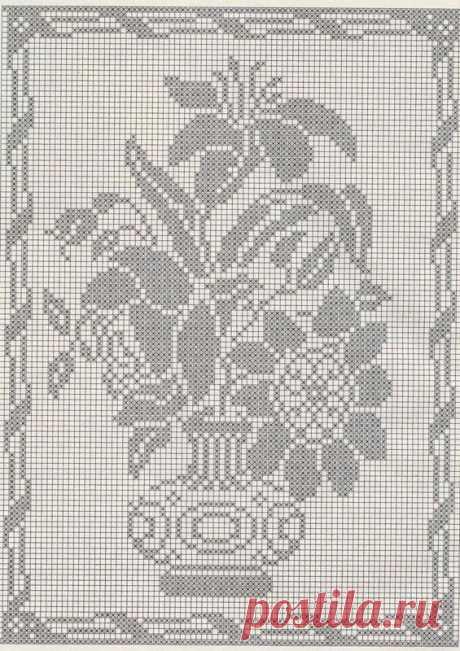 """Филейная схема """"Букет цветов в вазе"""" Схему можно также использовать для жаккарда и вышивки крестиком."""