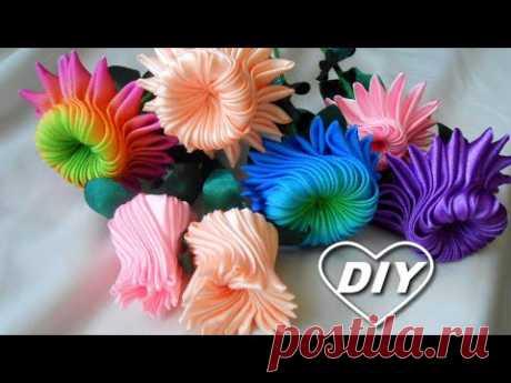 Очень понравилось их делать, не могу остановиться. Цветок канзаши/Kanzashi flower DIY/Flor kanzashi