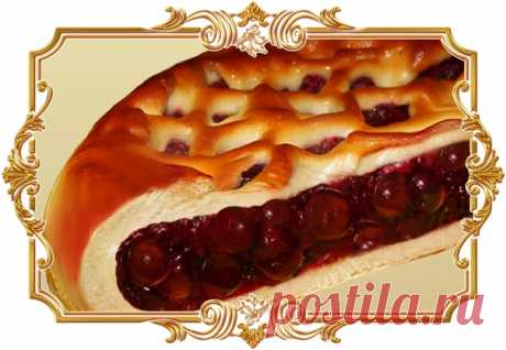 """Пирог """"Вишня в желе""""  Кто не любит пироги (пирожки) с вишнями? Думаем, что равнодушных нет. Поэтому приглашаем на чаепитие с вкусным пирогом. Готовить не сложно, а результат отличный.  Ингредиенты: Показать полностью…"""