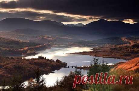 Вид на долину, Шотландия, Великобритания