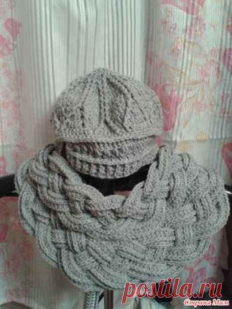 Серый комплект Здравствуйте. Связался для себя любимой комплект из шапочки и шарфа крючком. Для работы использовала пряжу YarnArt merinode luxe/50 280 м. в 100 граммах.
