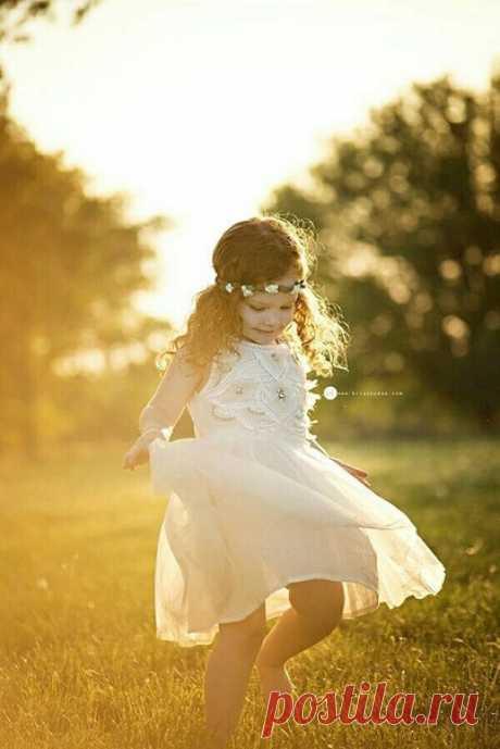 В каждом человеке — солнце. Только дайте ему светить.  © Сократ