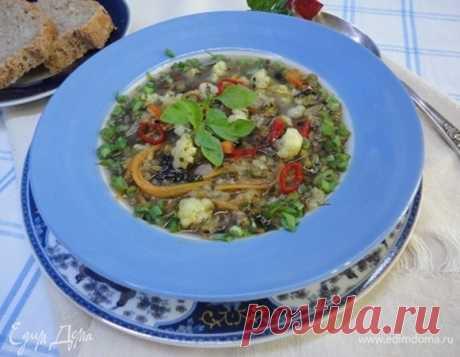 Суп из маша с цветной капустой. Ингредиенты: маш, вода, капуста цветная