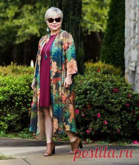 Платья для полных женщин: 16 вариантов для дам 50 лет