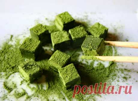 Match tea - the Japanese miracle! About extraordinary taste, properties, and also about where it is possible to buy match tea cheap and without intermediaries and what desserts from it can be prepared will tell...
