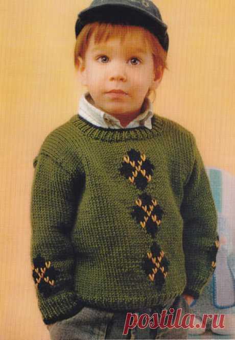 Вязаный спицами джемпер на мальчика 3 - 4 лет. Вязаный спицами джемпер на мальчика 3 - 4 лет. В статье представлены подробное текстовое описание вязания спицами данной модели и схема узора.