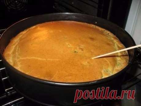 Как приготовить супер нежный пирог с капустой и мясом - рецепт, ингридиенты и фотографии