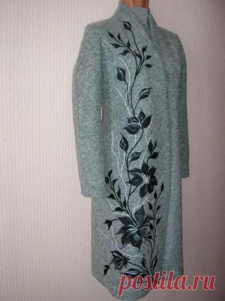 Пальто с рисунком - живопись шерстью на одежде.   Журнал Ярмарки Мастеров