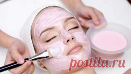 Masks for deep lifting of face skin in house conditions