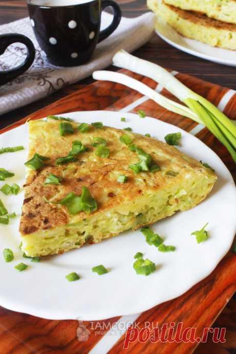 Ленивый пирог с капустой на сковороде — рецепт с фото пошагово