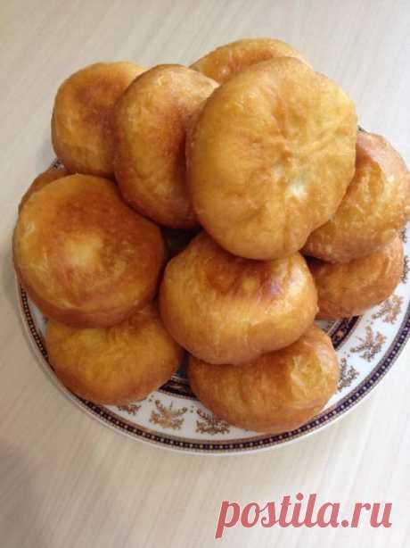Жаренные пирожки, тесто на сыворотке