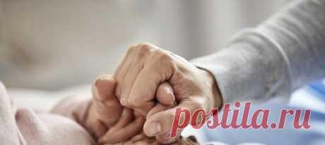 «Мама отказалась от собственной жизни ради ухода за бабушкой с деменцией» #деменция #болезнь #помощь #потеря