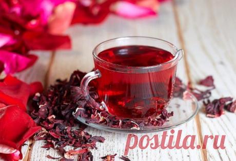 Чай каркаде: что это за напиток, из чего делают и где растет растение Лепестки суданской розы— главный ингредиент чая каркаде, придающий ему цвет итонкий аромат....