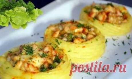 Картофельные гнезда с грибами, в чесночно-сметанном соусе | Самые вкусные кулинарные рецепты