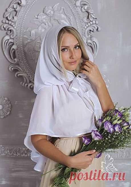 КРАСИВЫЙ ПЛАТОК ДЛЯ ХРАМА  Чем хороши подобные платки?  1) они не спадают с головы даже при поклонах,  2) закрывают плечи, что немаловажно летом, когда хочется одеть сарафан, но из-за открытых плеч приходится от него отказываться  3) очень красивы и эффектны! Особенно на венчании невеста будет невероятно хороша в таком платке Шьется такой платок из гипюра, фистонного кружевного полотна, просто из шелка и обшивается соответствующим кружевом.  Расход: при ширине гипюра 140-1...