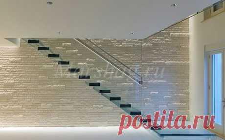 Стеклянная консольная лестница и ограждения