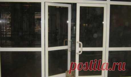 Купить маятниковые двери (двухстороннего открывания) в Минске | Маятниковая дверь, цена