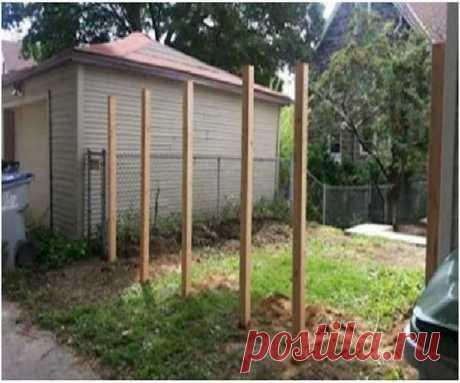 Соседи смеялись, когда он укрепил в своем дворе эти 6 столбов. А теперь они завидуют!