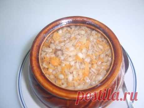 Pearl barley with mushrooms