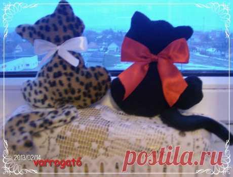 Los patrones de los juguetes y las muñecas.