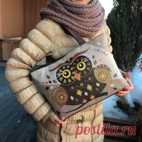 Лесная сова в городском образе #сумка #сумкассовой #купитьсумку #красиваясумка #бежеваясумка #сумкасдекором #сумкимосква #заказатьсумку #сумкироспись #росписьпоткани
