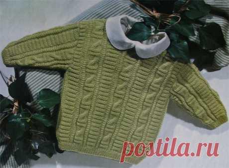 Светло-зеленый пуловер с узорчатыми дорожками