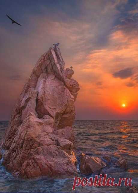 Enantiodromija | enantiodromija: Fairy Rock by c1113
