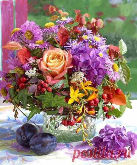 ღ Хороший день начинается с хороших мыслей, вкусного, ароматного чая, доброй улыбки, приятных надежд и планов...