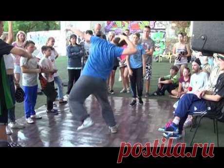 Street dance Hip-Hop battles. Уличные танцы хип-хоп. Танцевальный батл дети. - YouTube