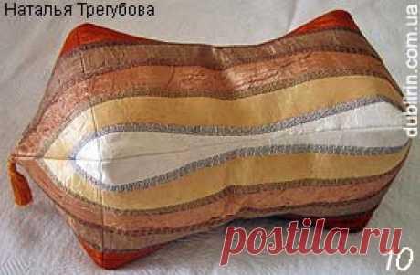 La almohada-rodillo estilo oriental