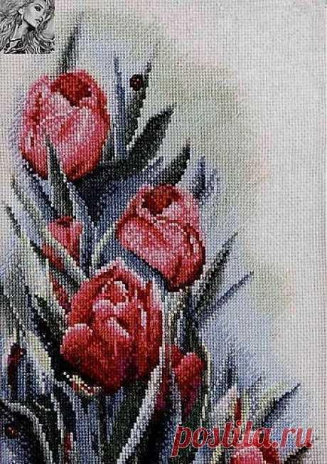 Тюльпаны (вышивка крестиком)